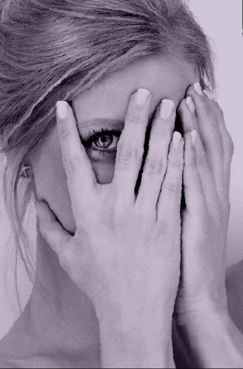 Un eye liner, des astuces beauté infinies